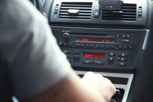 רדיו ברכב